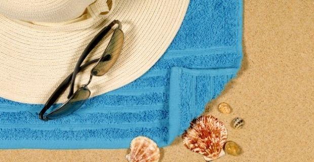 Comment bien plier sa serviette de plage ?