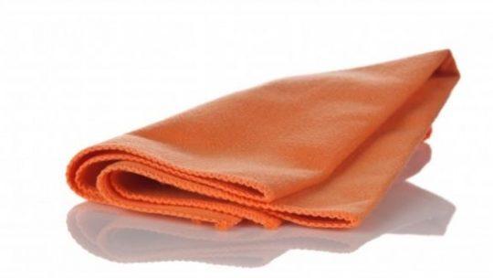 Les serviettes de plage en microfibre : Est-ce que ça se sèche plus vite ? On vous dit tout !